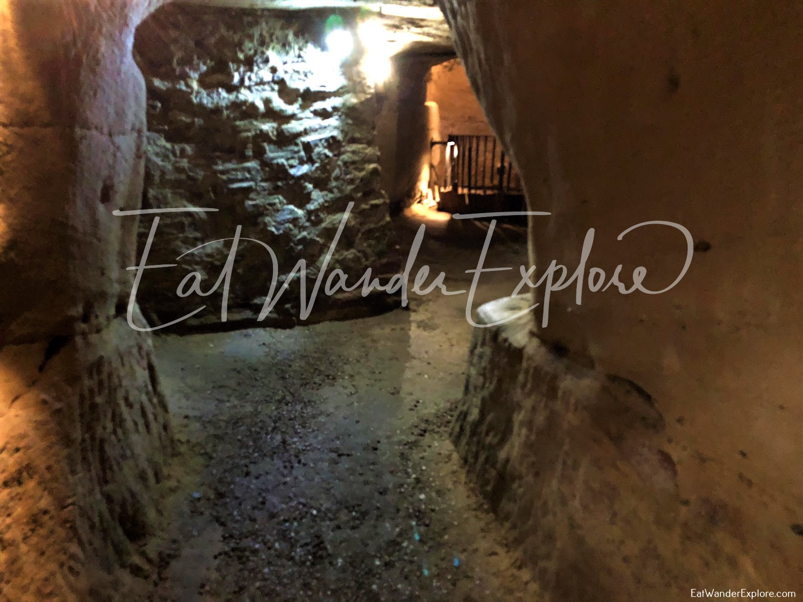 narrow passageway in Nottingham City of Caves Tour