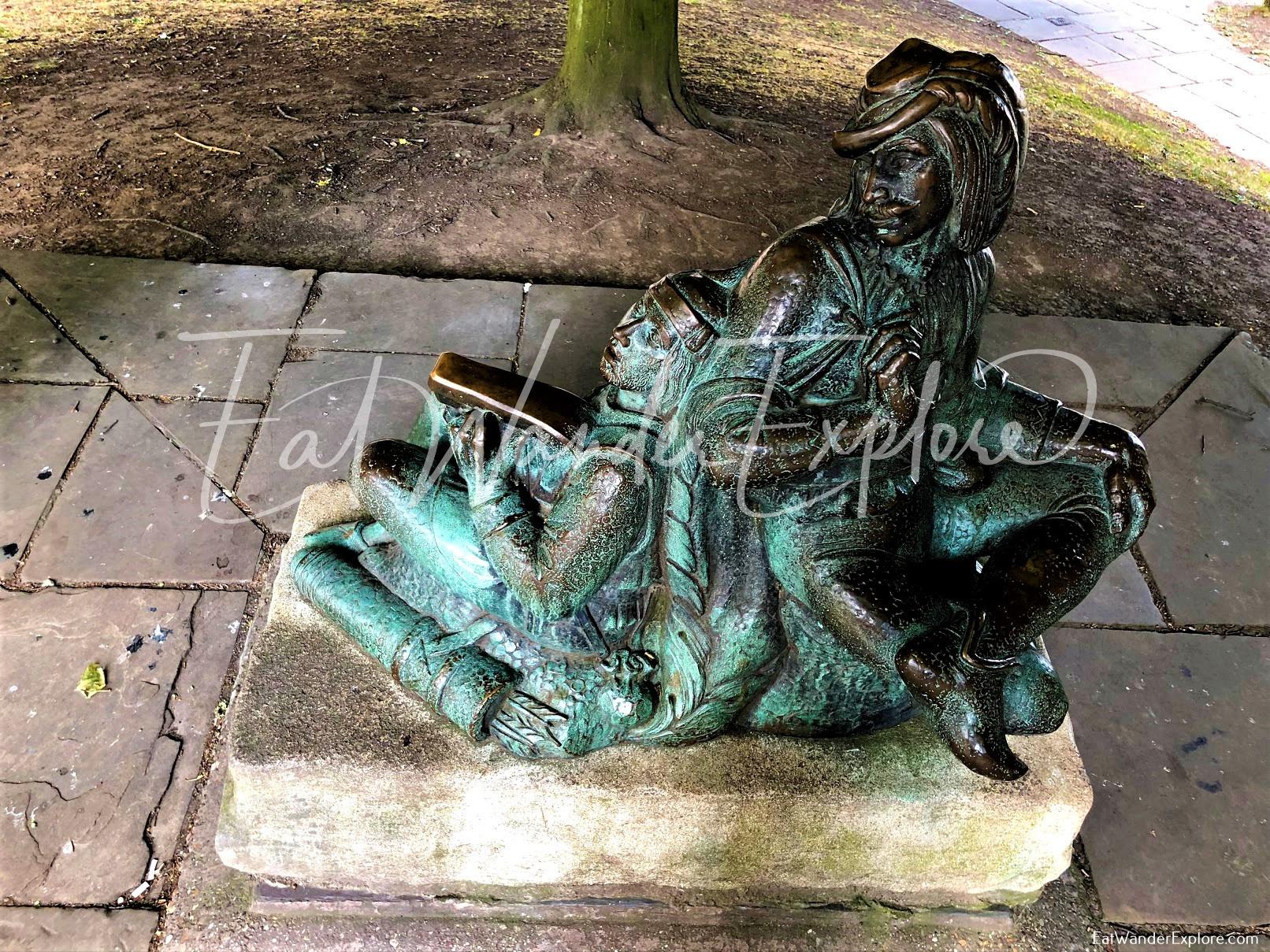 Nottingham Castle Statues