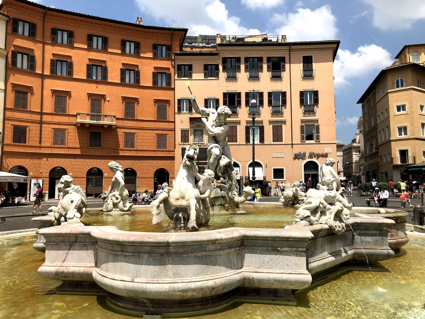 Fontana de Nettuno, Piazza Navona, Rome   Some inspiration for this fountain also came from the Trevi Fountain, also in Rome