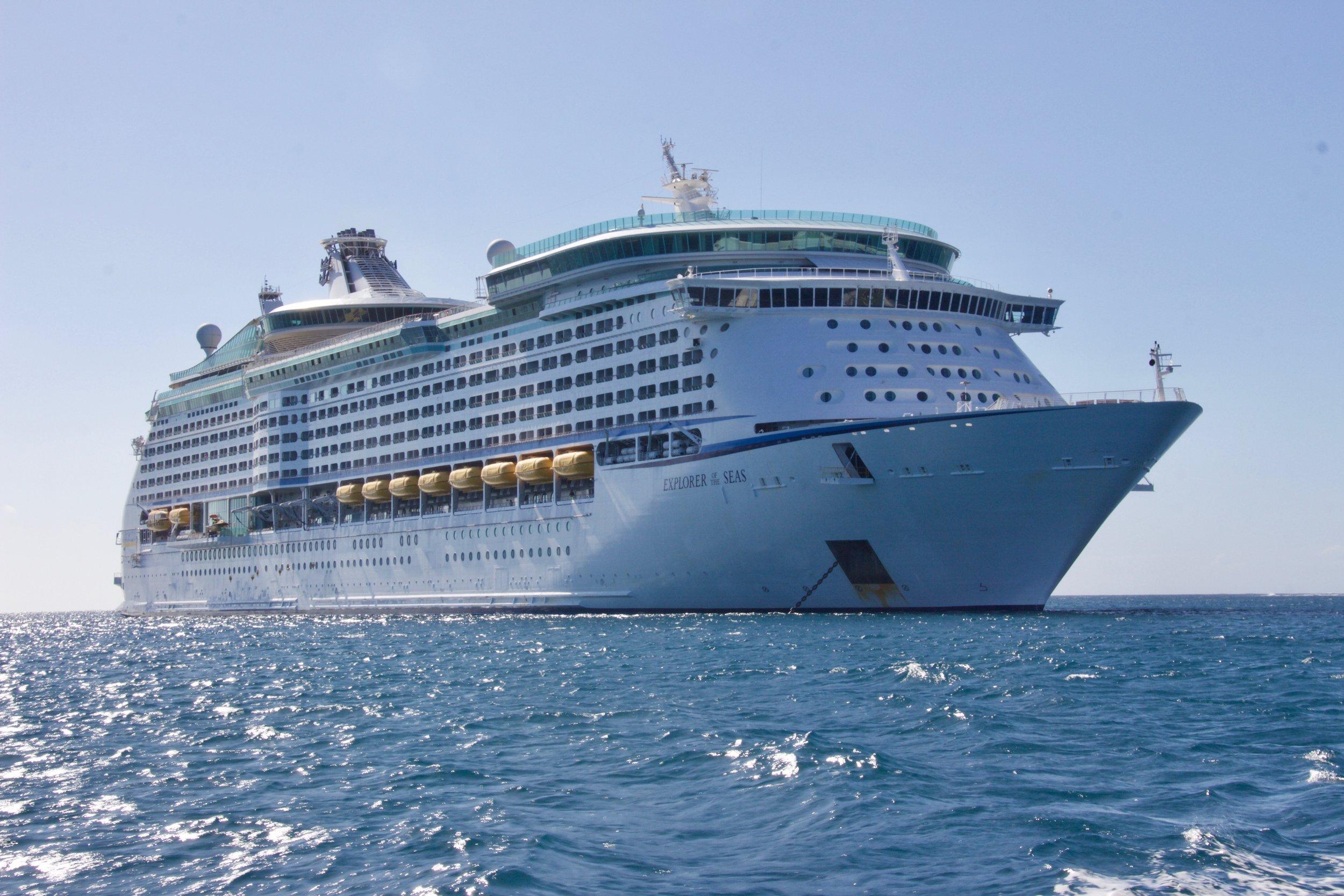 clouds-cruise-cruise-ship-813011.jpg
