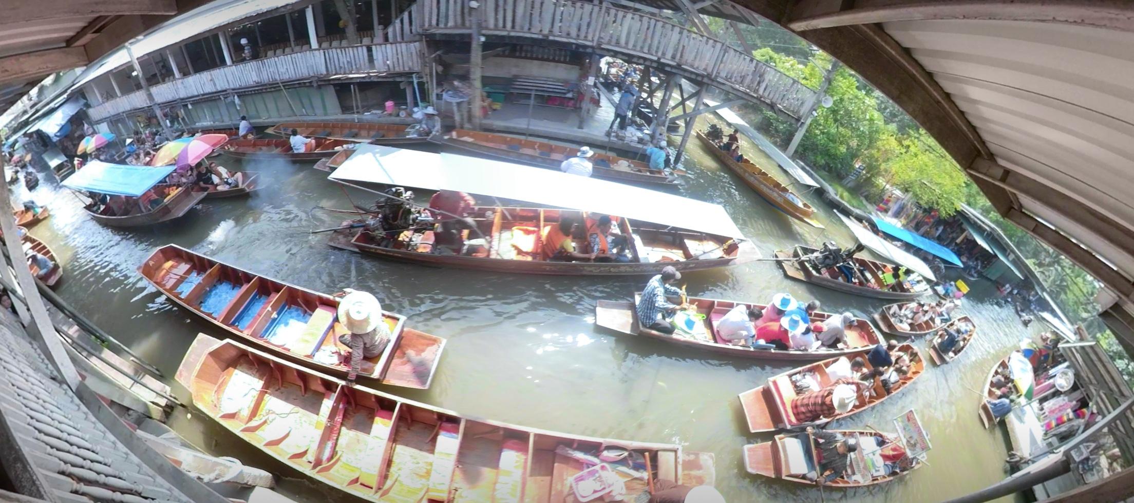 Damnoen Saduak Floating Market boats