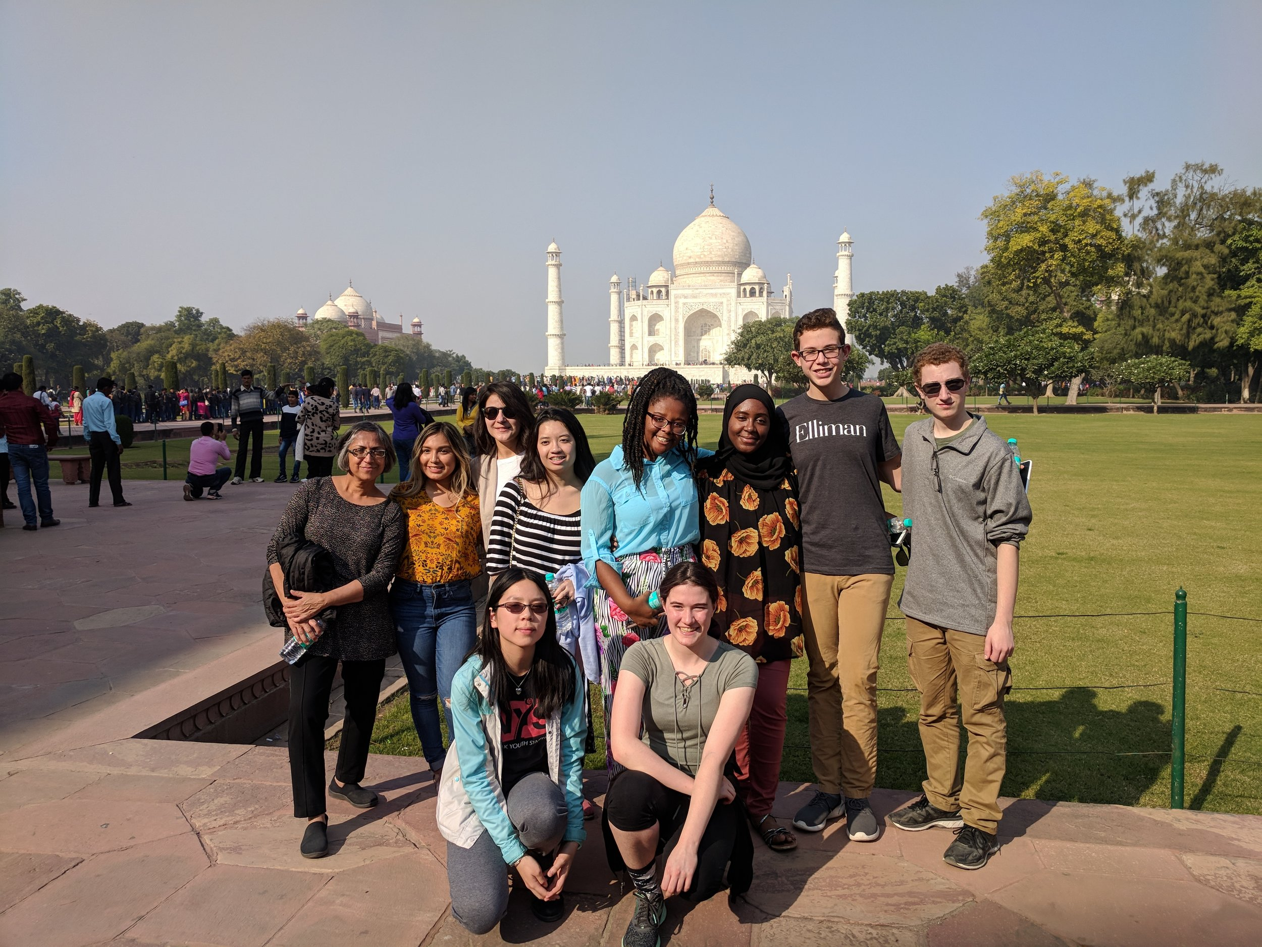 India-Taj-Mahal-School-Group-2017.jpg
