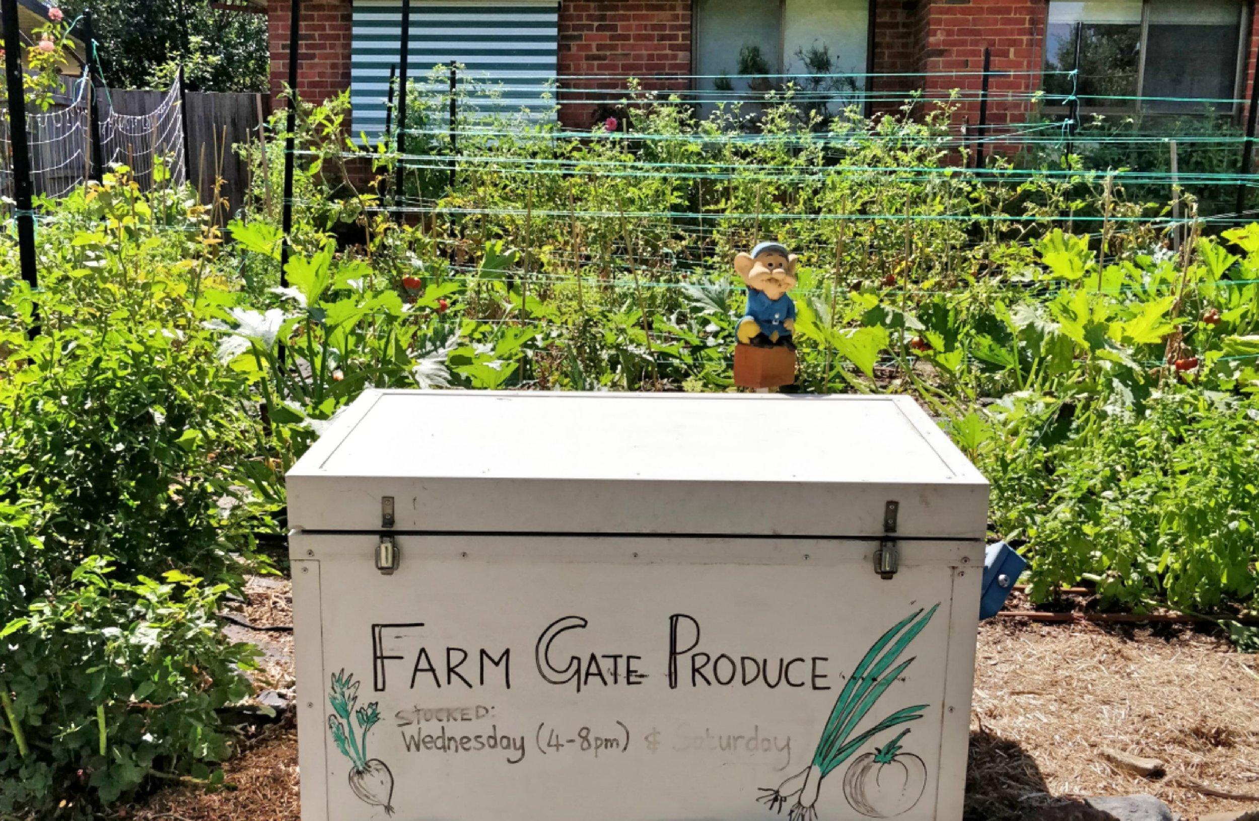 Reusable Nation - Spoke & Spade farm gate produce.jpg