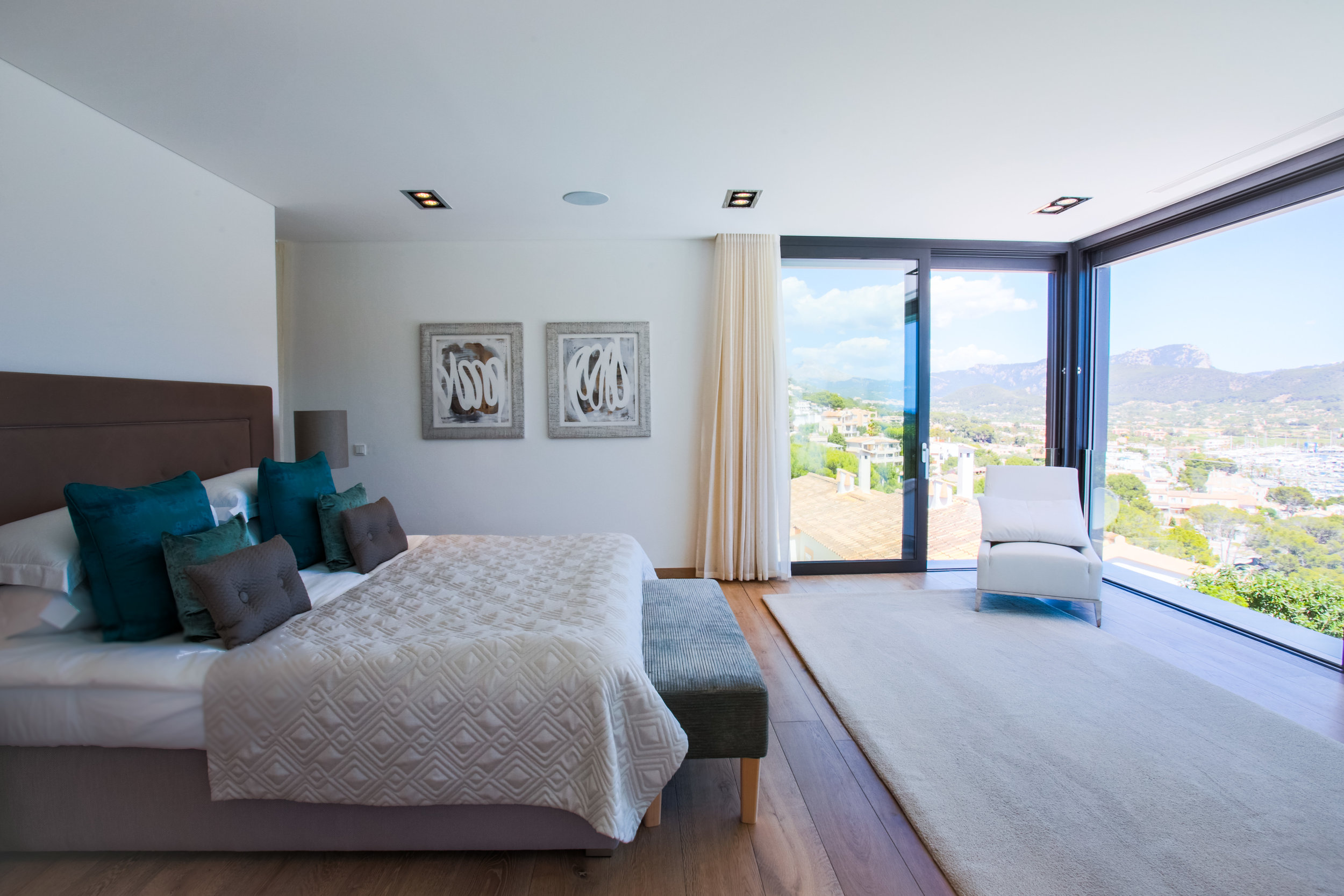 Master Suite - beautiful views of the port