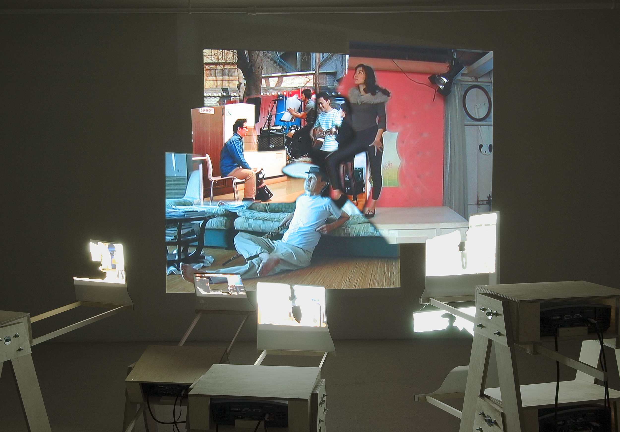Cuba Still (Remake) , detail of installation at Gallery B-312, Montreal, 2005. (photo credit Guy l'Heureux)