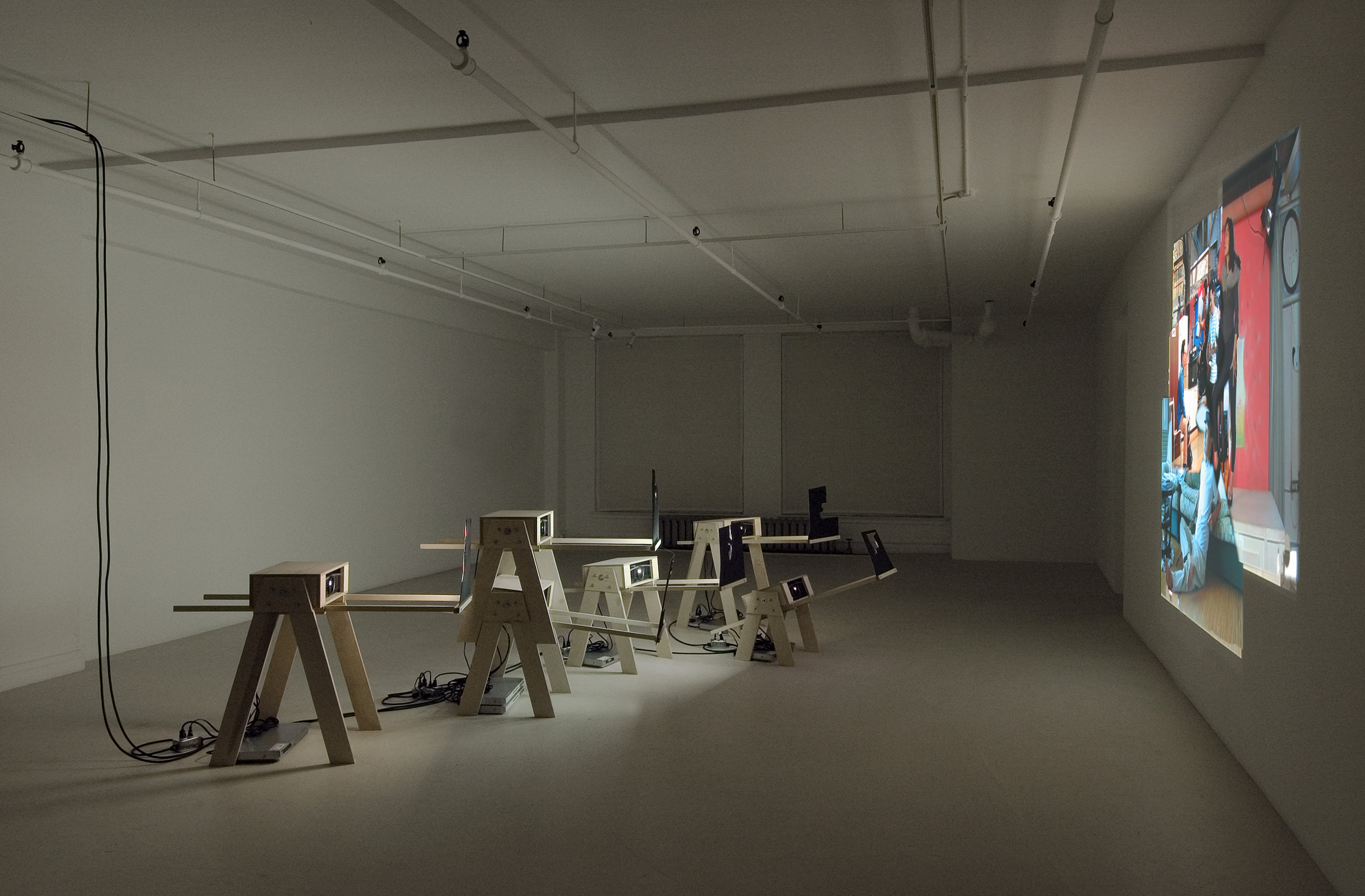 Cuba Still (Remake) , installed at Gallery B-312, Montreal, 2005. (photo credit Guy l'Heureux)