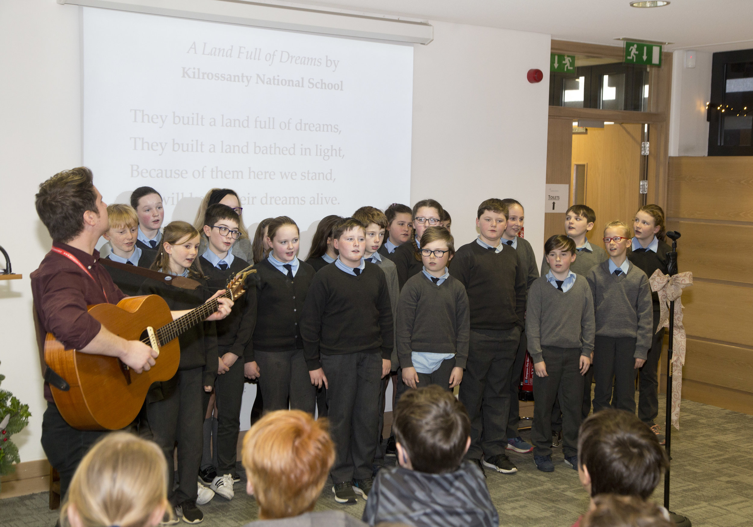"Kilrossanty National School perform ""A Land Full of Dreams"""