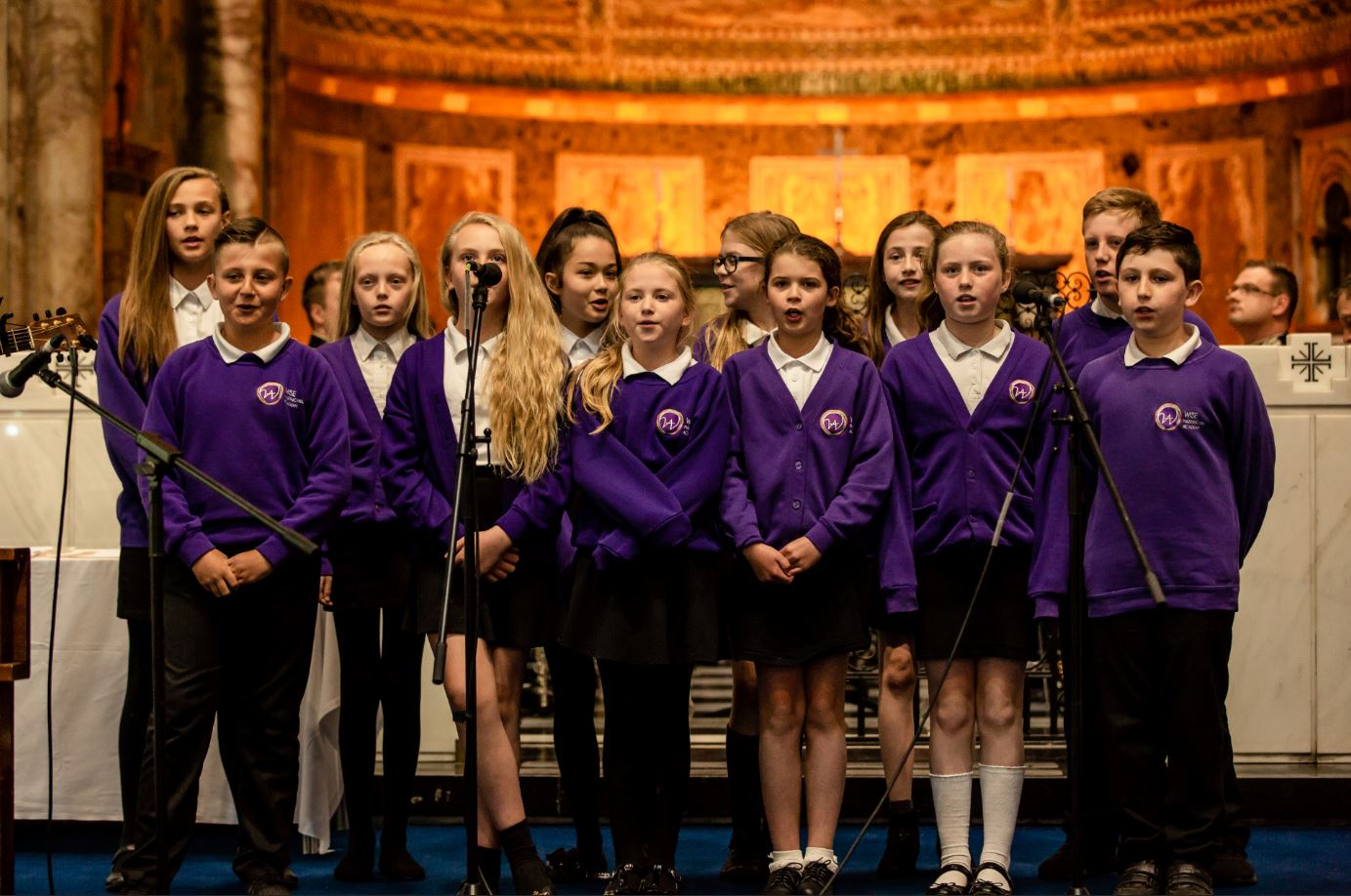 Hasting Hill singing at the 2017/18 Awards Ceremony