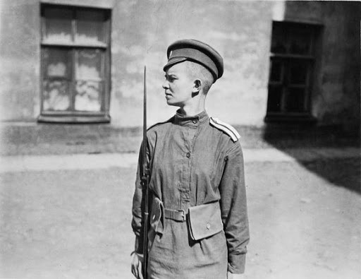© IWM art q 106251. a half length portrait of a young female russian serving with the russian women's battalion of death in 1917