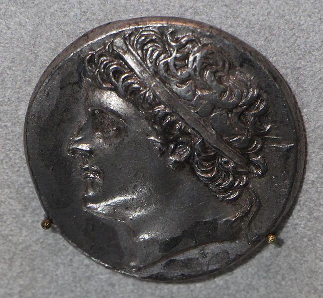 King Hieron II of Syracuse on a coin  ©Sailko