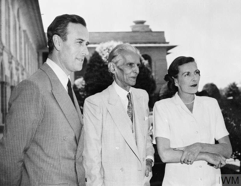 Viceroy of India: Lord and Lady Mountbatten meet Mr Mohammed Ali Jinnah, the future leader of Pakistan © IWM (IND 5302)