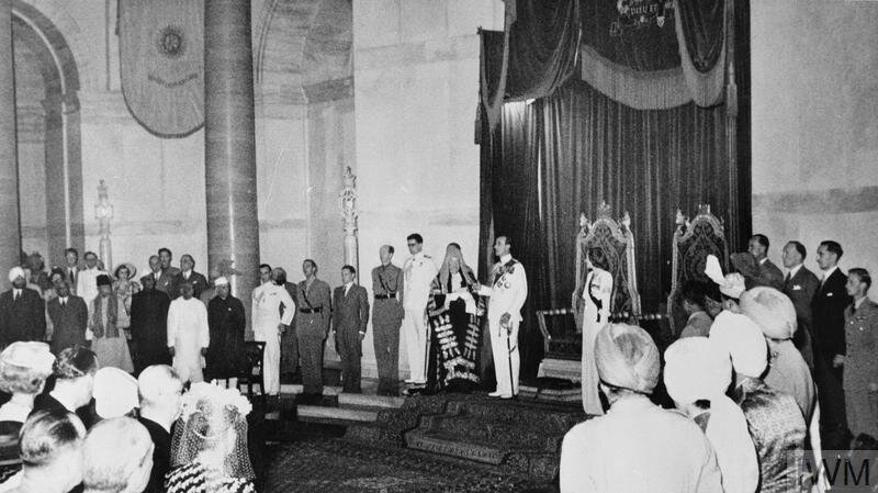 Viceroy of India: Lord and Lady Mountbatten at their investiture ceremony in New Delhi © IWM (IND 5295)