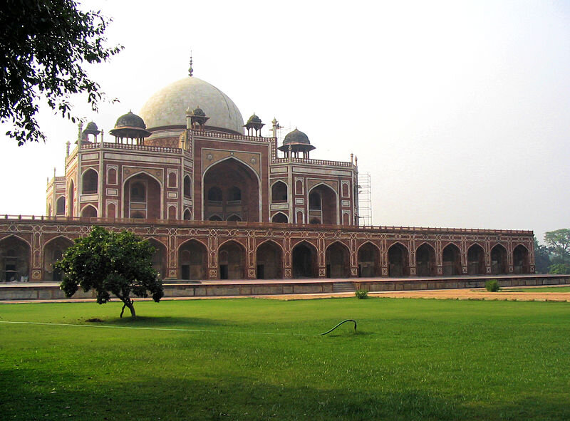 Humayun's Tomb by Francisco Anzola  This file is licensed under the  Creative Commons   Attribution 2.0 Generic  license.