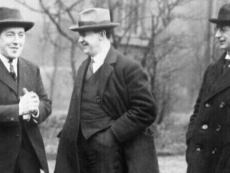 Talks - Pictured at the Mansion House in 1919 are - from left to right - the Republican politicians Michael Collins, Harry Boland and Eamon de Valera, the President of the Dail Eireann. © IWM (HU 55929)