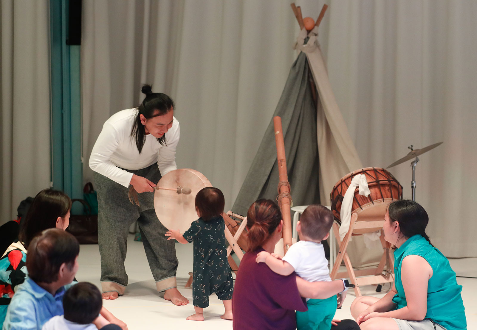 Photo from a performance of Nadam at The Artground