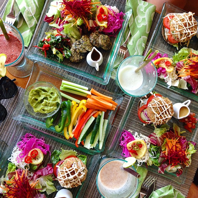 Raw-vegan-food-in-Bali...-Does-it-get-much-better-My-family-and-I-shared-this-incredible-feed-so-cra.jpg
