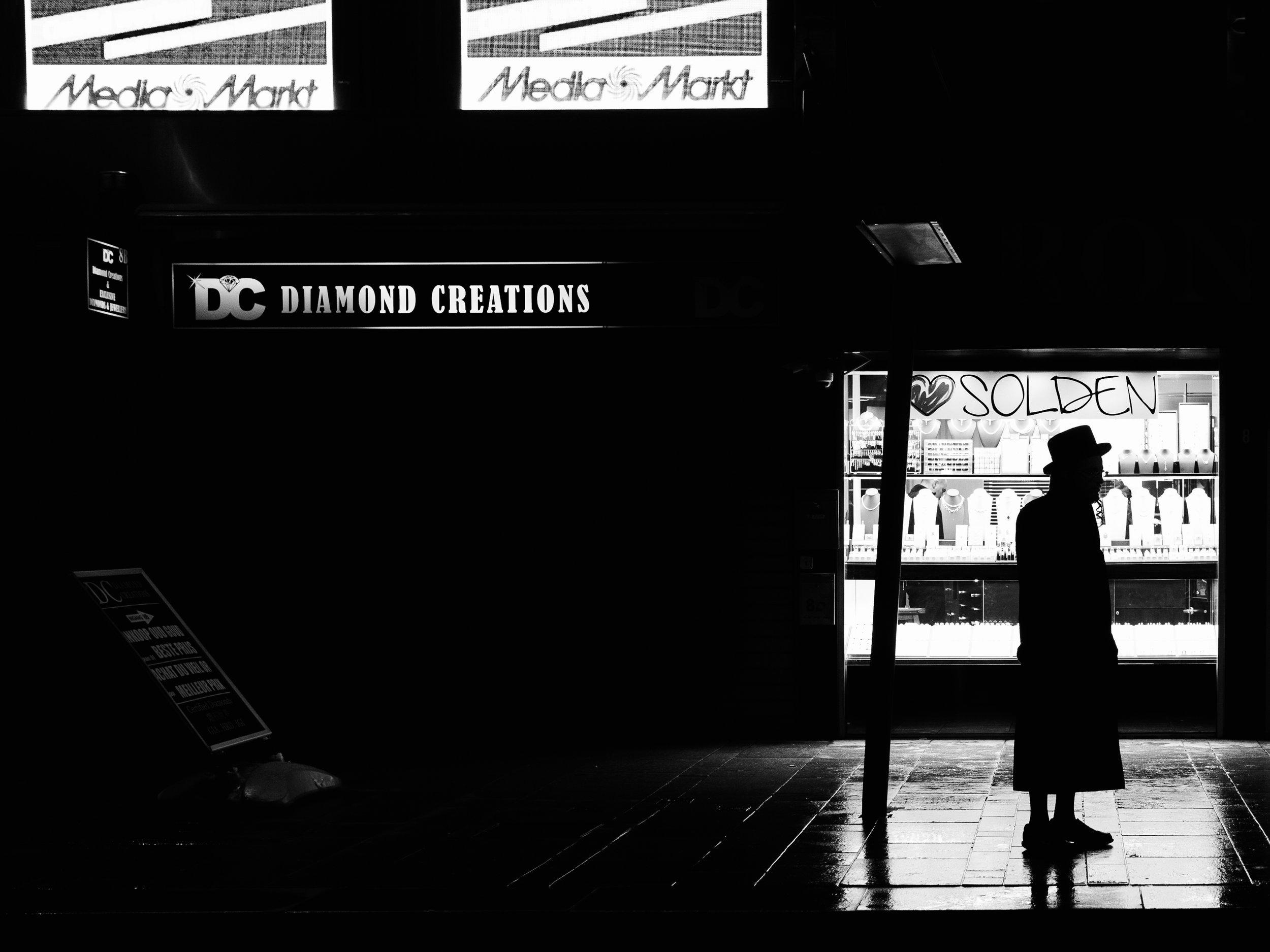 Antwerp-Jew-Silhouette.jpg