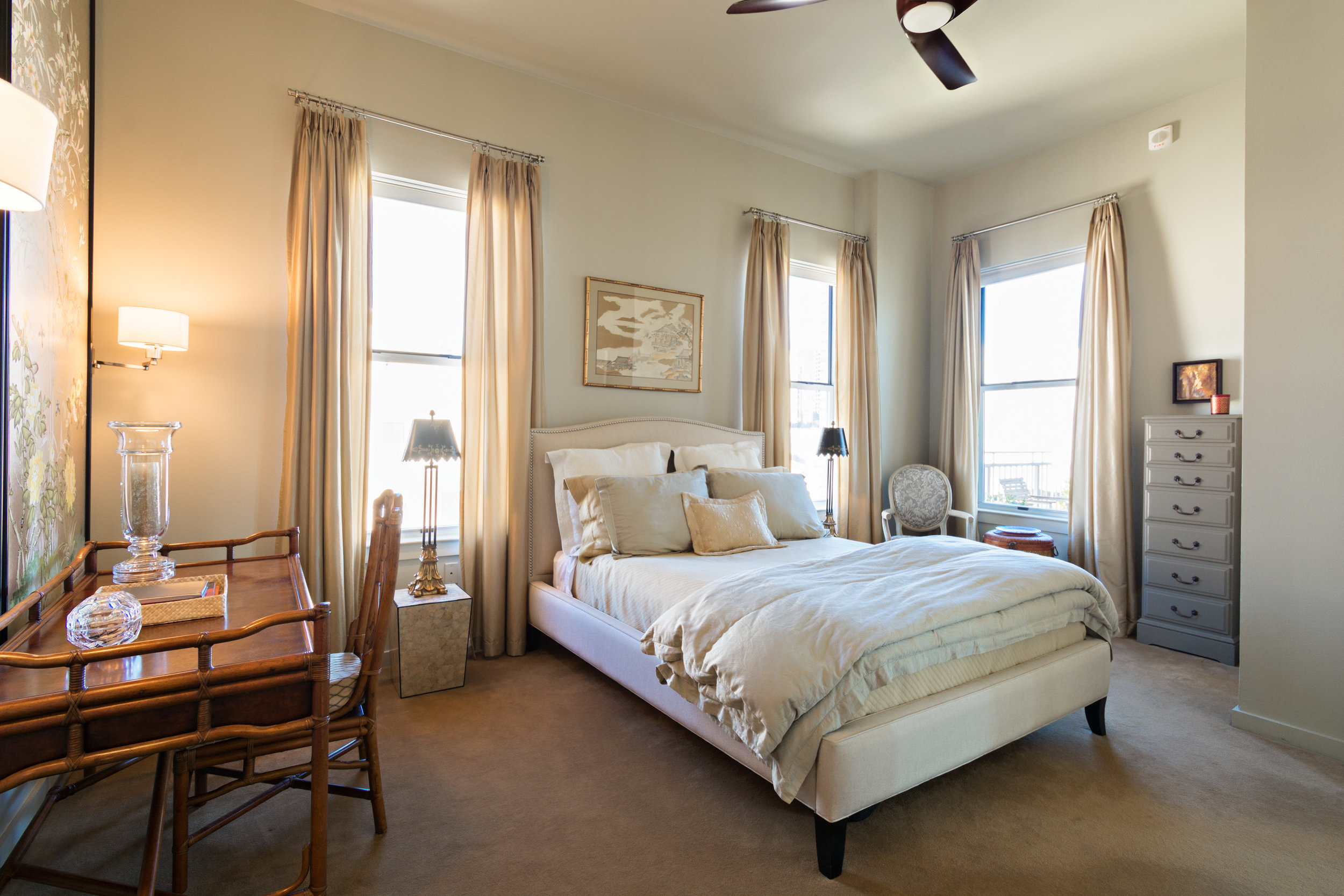 Seller checklist: de-cluttered, clean room, neutral tones, curtains open, and lamps on!