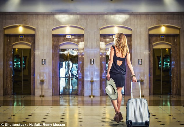 Where on earth does a single woman visiting New York go on a Saturday night? I don't want to stay in my hotel room and, while the local diner is great for breakfast, I don't want omelette again or pitying glances from fellow customers.