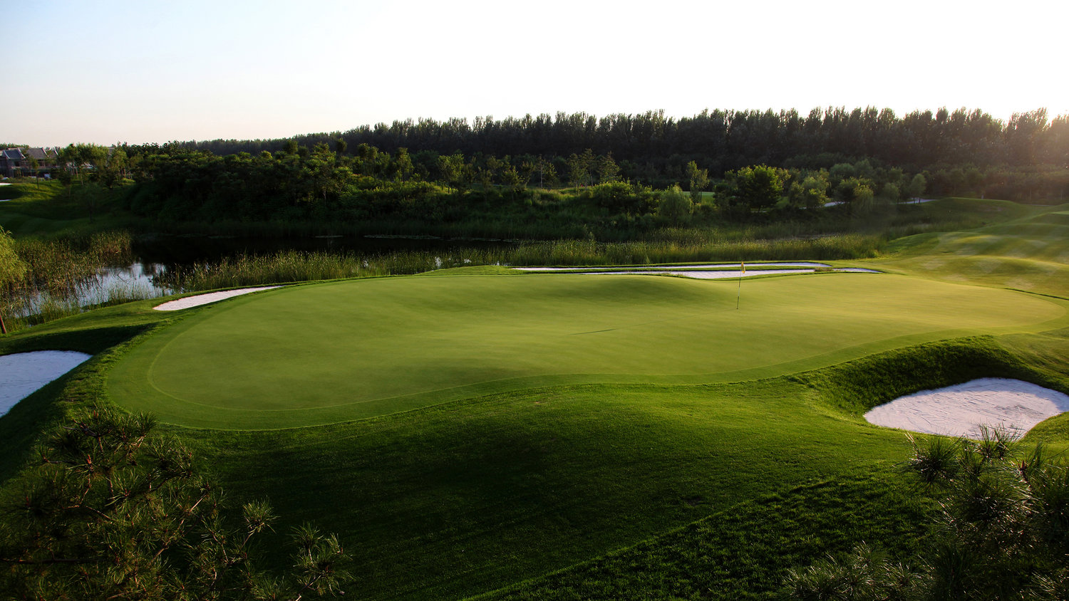 Jingshan Lake Golf Club