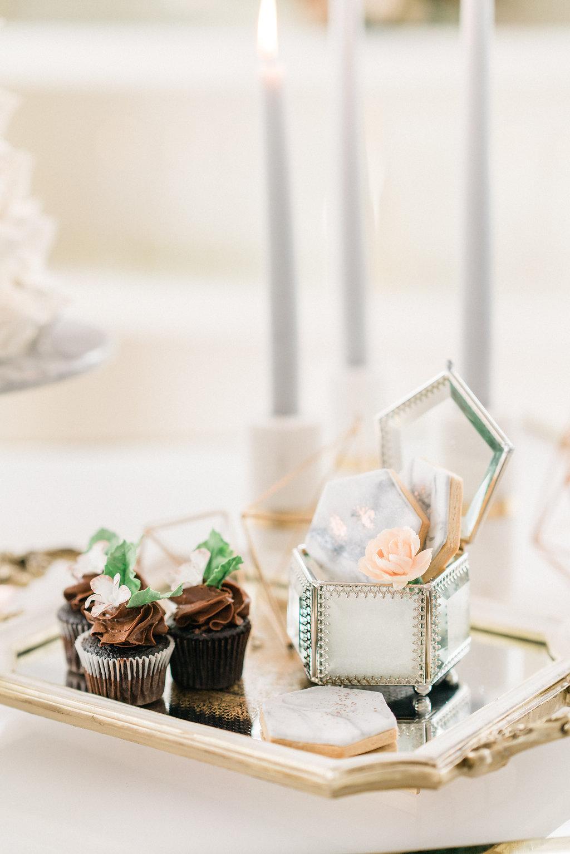 Luxe_Modern_Marble_Wedding_Photos-Rhythm_Photography-135.jpg