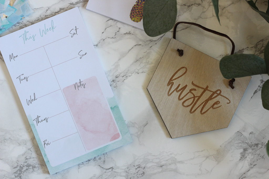 Planner by @thecreativesparkstudio and Hustle Banner by @springmeadow.co.jpg