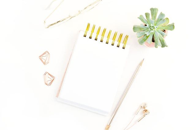 Starting Monday with a full to-do list for the week!  This week, I'm planning on: 🌸 Finishing my new website 🌸 Prepping blog content for August 😱 🌸 Updating my Facebook page 🌸 Working on all the courses & trainings I've hoarded over the past year and haven't finished yet 🙈  What are your plans for the week?? . . . . . #naptimehustle #girlbossgang #creativepreneur #designyourlife #discoverunder10k #workfromhomemom #bloggermom #goaldiggers #soulsisters #meetthemoment #handsandhustle #wearefreedomcollective #entrepreneurlife #shinyhappybloggers #creativecommunity #hustleandflow #nothingisordinary #peoplescreative #bossladystatus #ladyboss #creativeatheart #flashesofdelight #communityovercompetition #getcreative #myeverydaymagic #igbloggers #darlingweekend #girlbossmoment #womensupportingwomen #bossgirlcertified