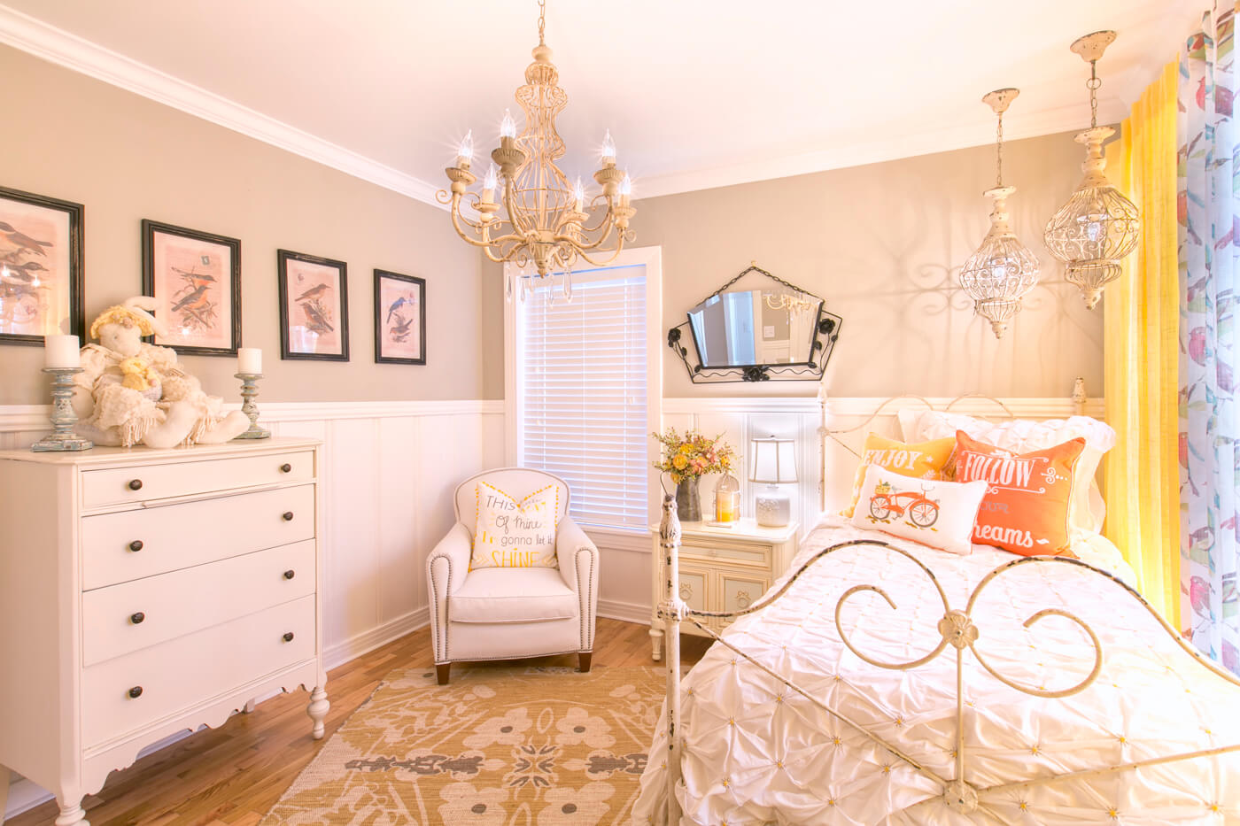 shabby-chic-guest room-dfw.jpg