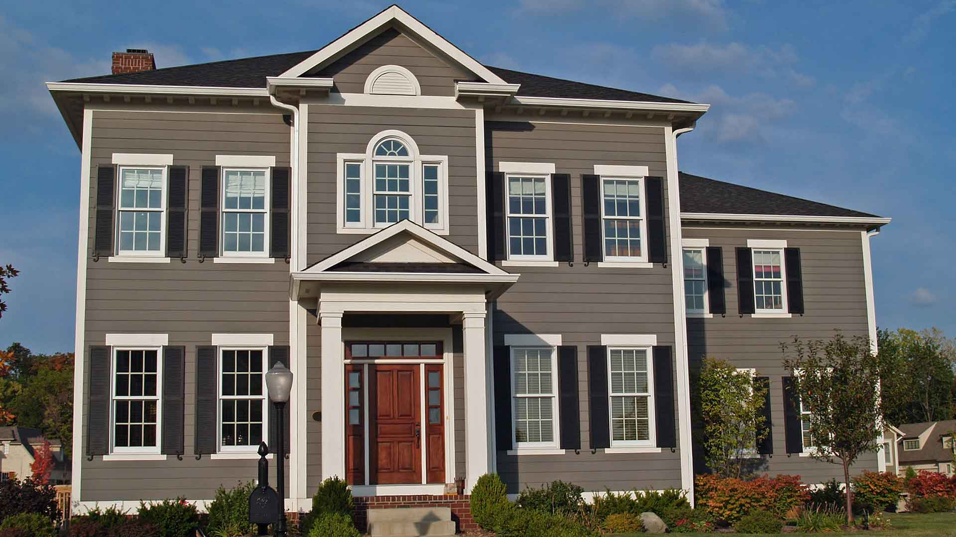 Vinyl Siding Is Not Only Easy on the Eyes, it is Easy to Maintain