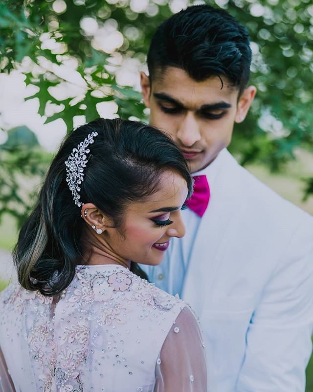 They're too cute 😍😍😍 ⠀⠀⠀⠀⠀⠀⠀⠀⠀ #indianbride #indianwedding #desibride #desiwedding #bridalportrait #stunningbride #IndianWeddings #indianweddinginspiration #indianweddingbuzz #indianweddingphotographer #indianweddingphotography #indianweddingjewellery #indianweddingmakeup #indianweddingdress #indianweddingoutfits #indianweddingseason #indianweddinginspo #indianweddingfashion #indianweddingwear #indianweddingstyle #indianweddingglam #indianweddingstories #bridalportraitsession #bridalportraiture #sony #sonyA7RIII #sonyportrait #sonyphotographer #sonyportraitphotographer #bostonweddingphotographer