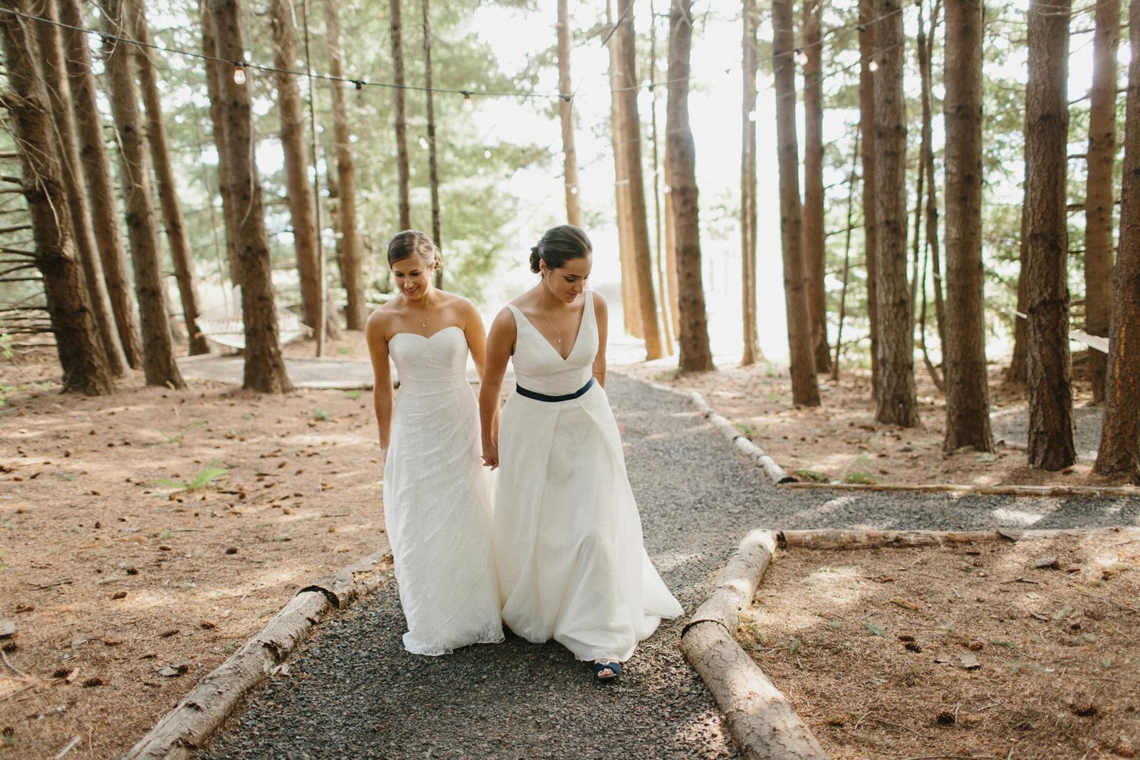 Gorge-Crest-Vineyards-Wedding_033-1.jpg
