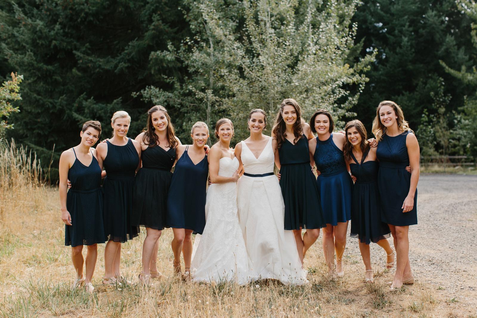 Gorge-Crest-Vineyards-Wedding_037-1.jpg