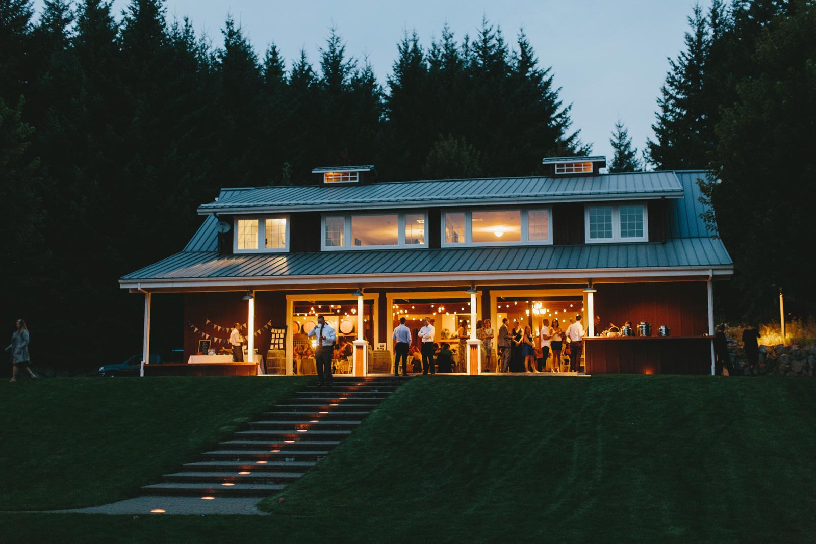 Gorge-Crest-Vineyards-Wedding_167.jpg