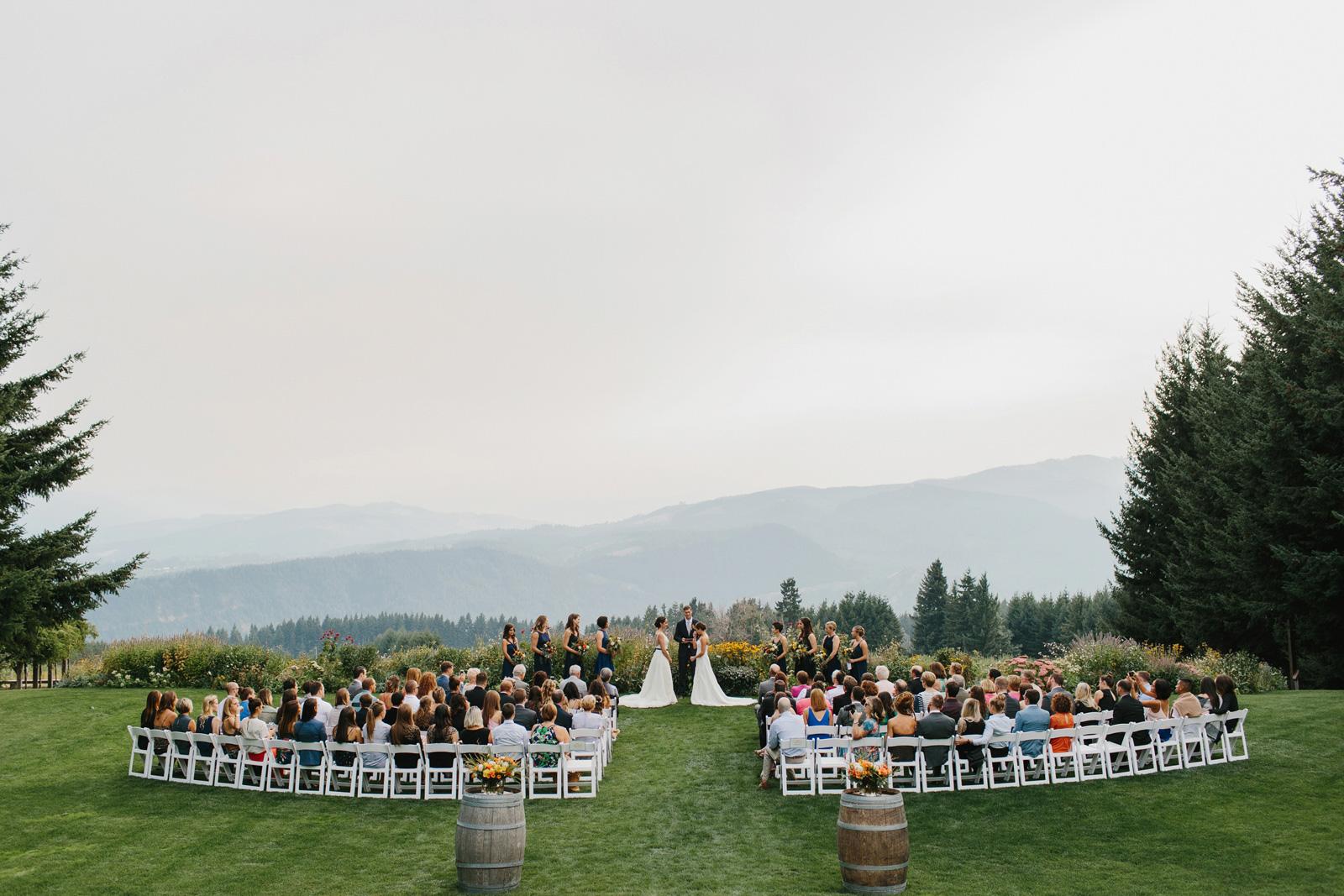 Gorge-Crest-Vineyards-Wedding_071-1.jpg