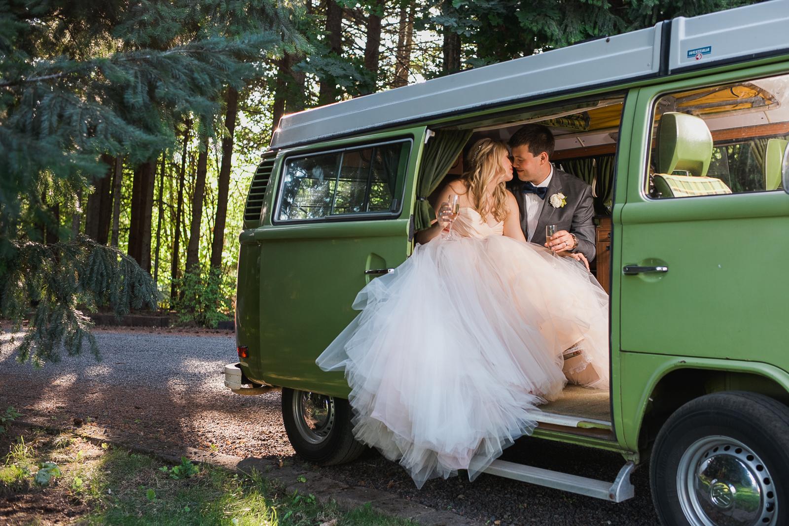 067-gorge-crest-vineyard-wedding.jpg
