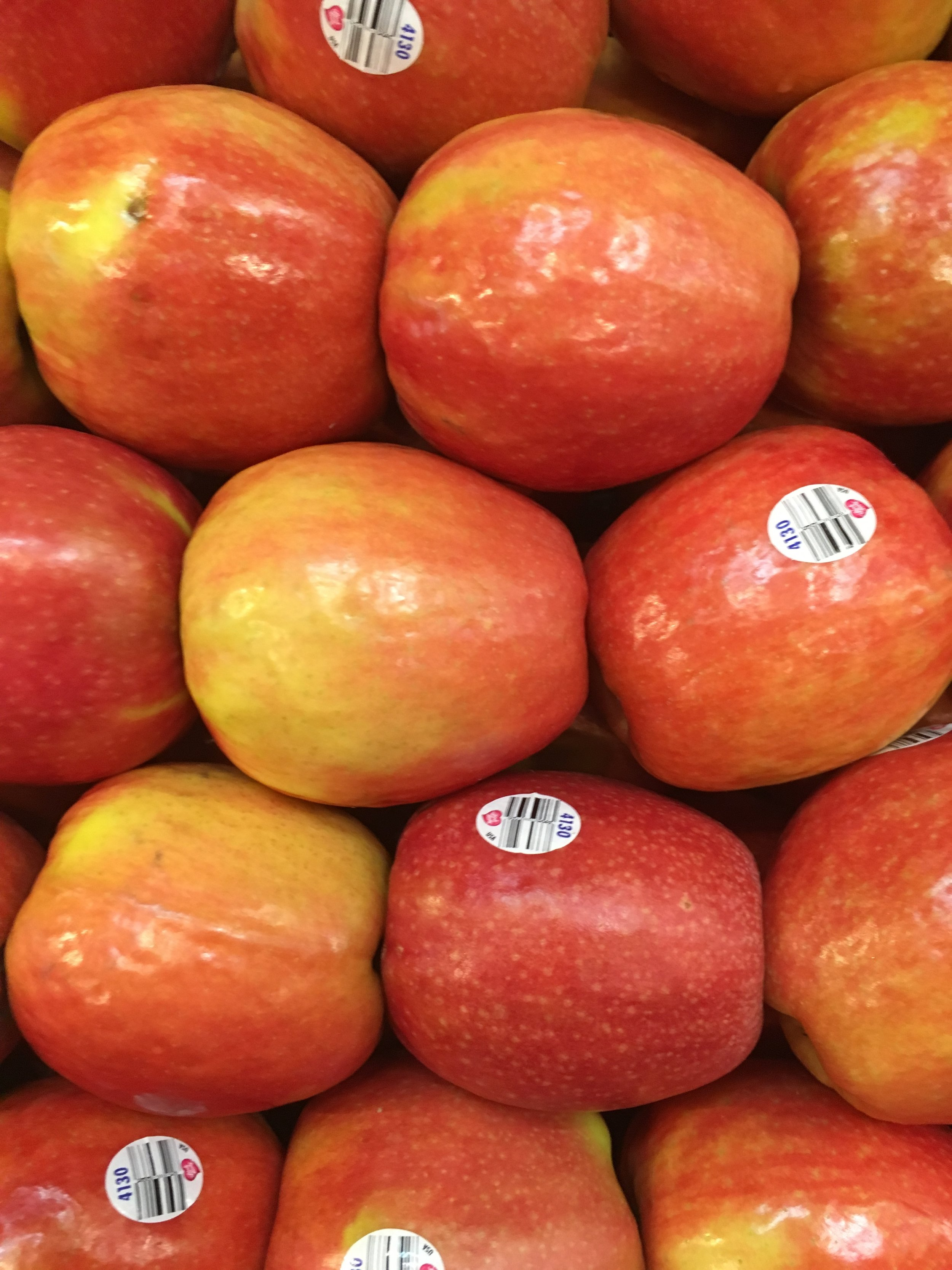 Organic apples at Russo's