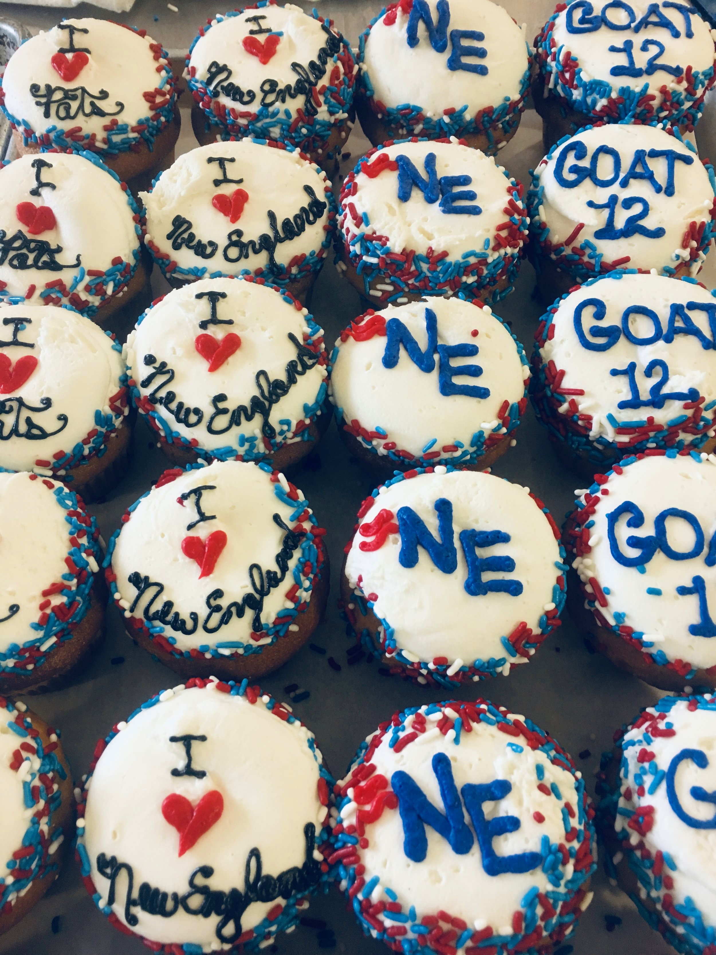 Patriots Cupcakes for the Super Bowl!