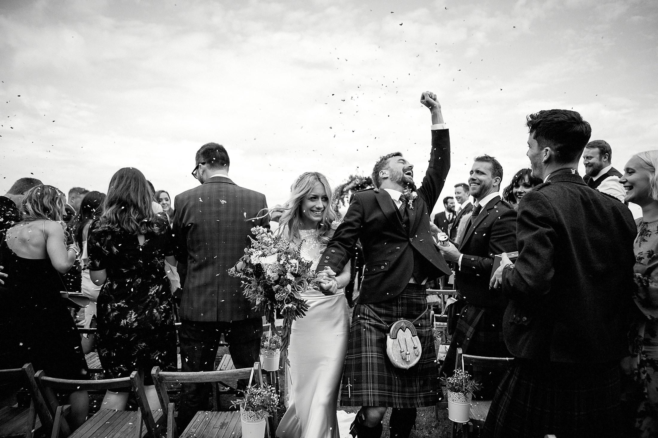wedding_ravensheugh_beach_log_cabin_scotland_albumweddings_496.jpg