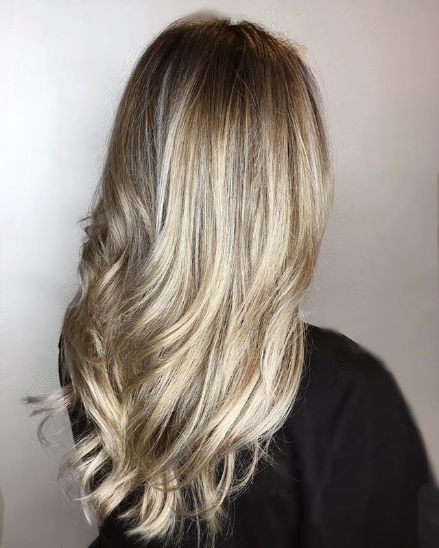 Cool tones for the Spring ❄️😎 . . . . . . . . . . balayage #hair #haircolor #behindthechair #hairstyle #haircut #blonde #blondehair #olaplex #ombre #highlights #hairstylist #modernsalon #hairstyles #balayageombre #beauty #balayagehighlights #hairgoals #hairdresser #babylights #redken #longhair #hairinspo #instahair #salon #hairpainting #makeup #color #fashion #bhfyp