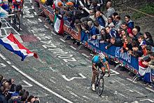 220px-Philippe_Gilbert,_2012_Road_World_Championships,_Cauberg.jpg
