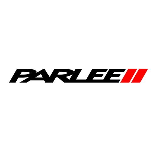 Parlee Cycles   Bob Parlee a fondé Parlee en 2000 avec un objectif simple mais noble: construire les meilleures motos du monde. Avec plus de 20 ans d'expérience dans la construction navale, il a compris les capacités des matériaux composites. La fibre de carbone était le choix évident pour prendre des vélos de performance au prochain niveau, mais ce matériau incroyablement versatile n'a pas été utilisé à son plein potentiel. La fibre de carbone ouvre un monde d'opportunités lorsqu'il s'agit d'optimiser la taille et la forme des tubes. Ils savent affiner les propriétés telles que le poids, la résistance, la durabilité et la conformité. Et en perfectionnant les manières de superposer et les techniques de moulage, ils peuvent créer des vélos plus légers, plus rapides et plus confortables. C'est ce qu'ils font chez Parlee depuis des années.