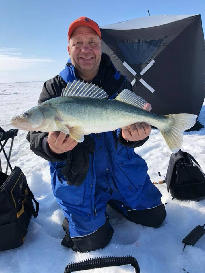 Lake Winnipeg - Mark Big Walleye.jpg
