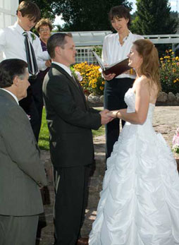 An intimate outdoor wedding at Wilson Park