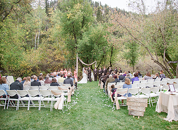 Sweet and natural, an outdoor wedding along Spearfish Creek at Spearfish Canyon Lodge