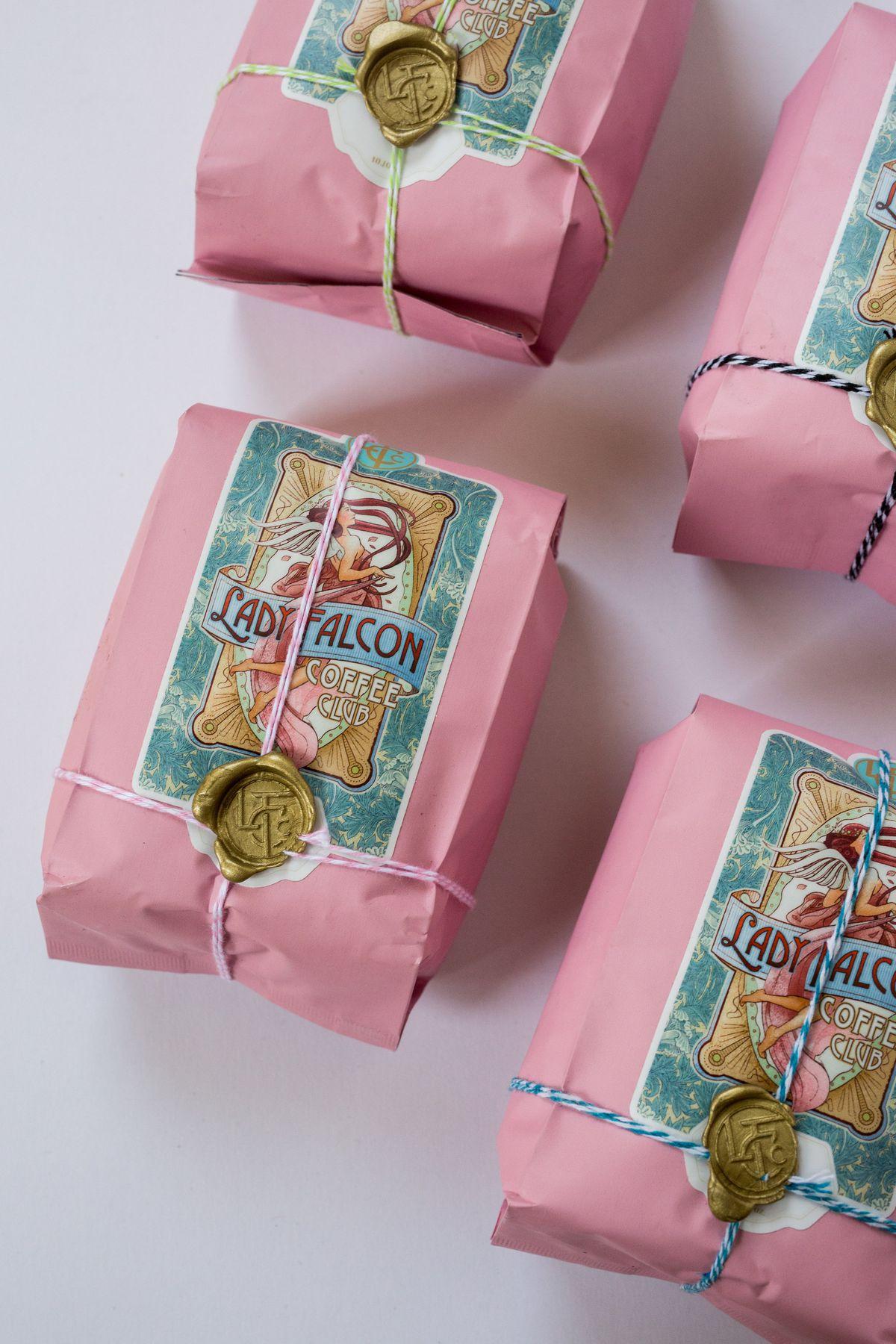 Simone_Anne_Lady_Falcon_Coffee_Club_Packages_36.jpg