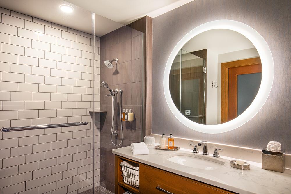 Guest Bathroom L.jpg