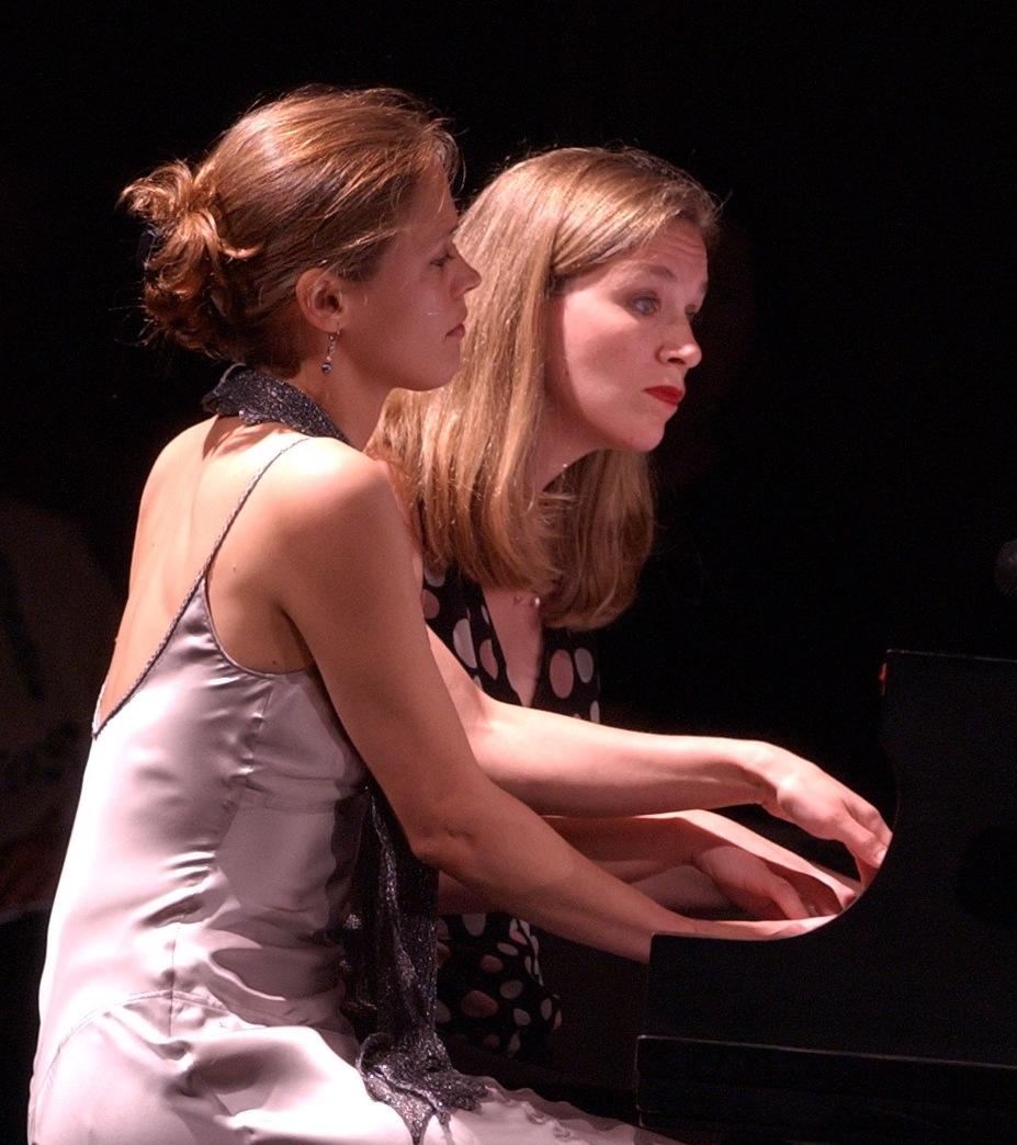 The Duo at the 2005 Ojai Festival (California, USA) Photo: Juan Carlo