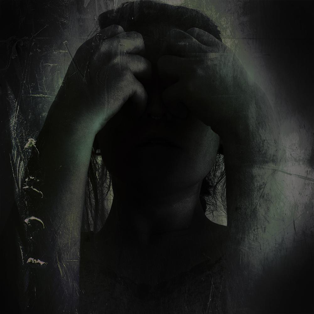 DAMNWHORE Calls Queen Plague (2017)