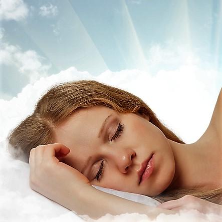 dreamstime_s_girl clouds (2).jpg