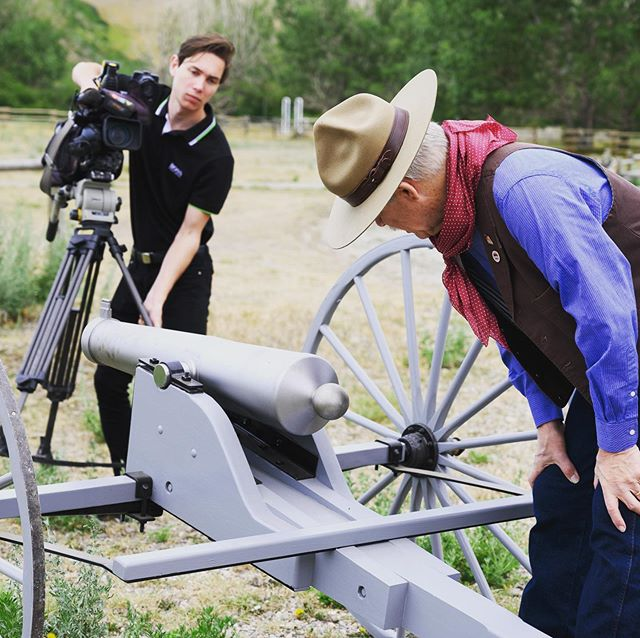 We loved having Bill Peta from the Fort Whoop-Up Black Powder Club with us and our donors today for the inaugural firing of the new cannon donated to us. Local historian George Kush supplied drawings and measurements of the original cannon used at Fort Whoop-Up in the 1870s. D & D Machine Works in Lethbridge donated their time, skills, expertise, labour and materials to design and craft a brand new replica of the cannon that was originally stationed at Fort Whoop-Up in the 1800s. . #yql #boom #cannon #donors #community #thankyou #nikonz6 @cityoflethbridge @tourismlethbridge